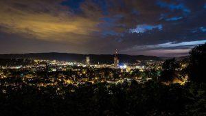Winterthur bei Nacht bietet einen romantischen Anblick.